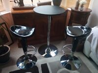 Breakfast table & matching pair of bar stools