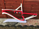 """Specialized Camber Comp Large Frame - For 26"""" Wheels"""