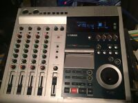 Yamaha MD4S Minidisc Recorder with multi track Recording system