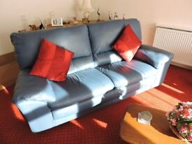 Natuzzi Leather Lounge Suite