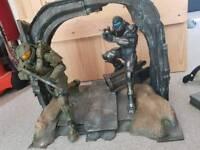 Halo 5 statue