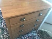3 piece bedroom furniture set. Good condition