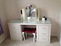 Vintage dresser vanity desk unit with drawers and mirror