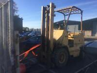 Caterpillar gas forklift spares or repairs/export
