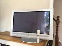 """Sony KE-32TS2E 32"""" TV with remote control"""