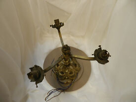 VINTAGE 3 BRANCH BRASS LIGHT FITTING