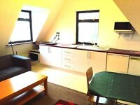 Spacious Studio Flat to Rent on Jersey Road, Osterley for £825.00 PCM Incl Part Bills