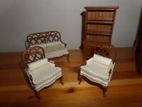FOR SALE - DOLLS HOUSE FURNITURE - AS NEW - £30