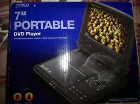 Portable dvd player 7 inch