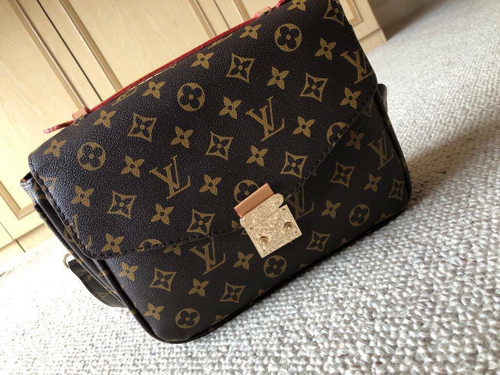 2271376b0cdc Women s Louis Vuitton Handbag Sidebag Shoulder bag