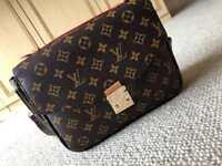 Women's Louis Vuitton Handbag/Sidebag/Shoulder bag