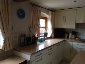 Kitchen Units, Worktops and Hob