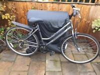 """Ladies 18"""" professional hybrid bike bicycle inc lights & mudguards. Delivery & D lock available"""