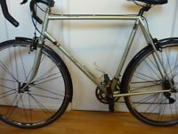 """Raleigh Record Ace 1980's mens vintage bike 56cm (22"""") frame with Shimano 105 gearing"""
