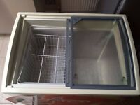 DISPLAY FREEZER (USUALLY USED FOR ICE CREAM)