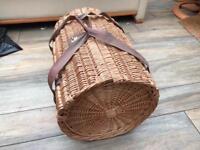 Wicker picnic basket - Harrington style - 4 person