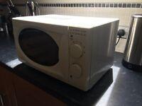 Microwave - 700W