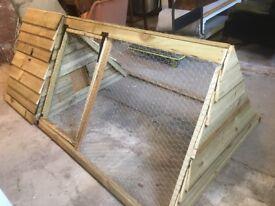 Purpose built brand new chicken ark and run