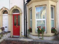 LARGE UNFURNISHED ONE BED FLAT - £900 PCM (EXCL' BILLS) - SOUTHVILLE, BRISTOL