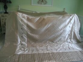 Gorgeous King size faux silk bedspread, sheets,pillowcases & Cushions
