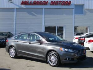 2016 Ford Fusion SE AWD / LEATHER / BACK-UP CAM / FINANCE AVAILA