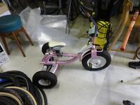 childs Trek trike, little used very sturdy, big pnuematic tyres