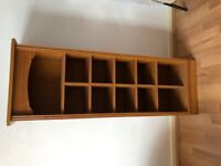 Medium height display shelve very good condition