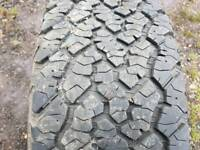 Off road tyre 265/70/R17