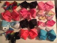 13 Jojo Siwa bows & bow holder