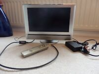 PANASONIC TV/ 15in Screen/ Silver/ Remote Control/ Working Order
