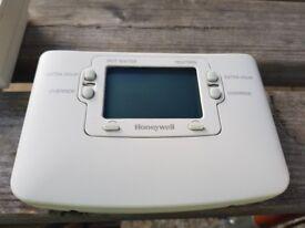 Honeywell thermostat st9400c