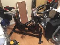 Spinning/exercise bike