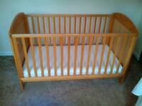 Cot / junior bed