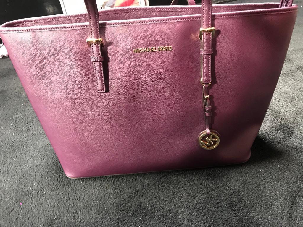 Michael Kors Top Ads Buy Sell Used Find Right Price Here Jetset Travel Lugagge Authentic Jet Set Medium Zip Saffiano Tote Damsonin Bradford West Yorkshire
