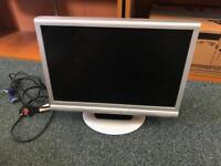 "19"" widescreen monitor"