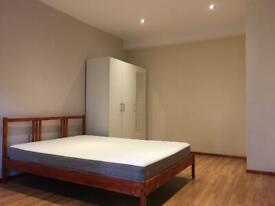 Single/Double Bedroom close to Mitcham, Streatham, Wimbledon, Balham, Sutton, Morden, Tooting