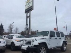2016 Jeep WRANGLER UNLIMITED Sahara *Manual* *Leather* *Premium