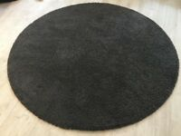 Used Grey Rug, excelent condition