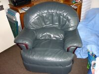 FULL LEATHER RECLINER CHAIR