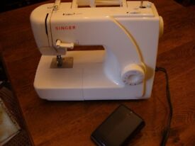 Singer sewing machine model 1507