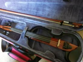 Yamaha SV120 electric violin with FREE amp -superb condition, for silent practice/amplified playing