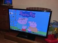 "Samsung 42"" PLASMA tv with remote and stand fully working order"