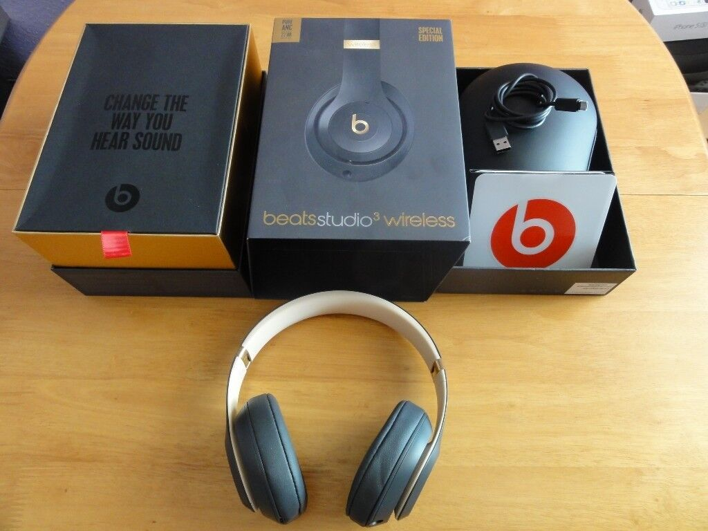 2109cc693bb Beats by Dre Studio 3 Wireless Over-Ear Headphones - Shadow Grey Special  Edition