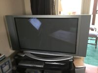 Samsung tv flat screen 42 inch - no remote - good working order