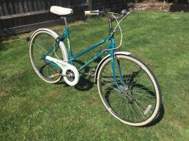Ladies/woman's beautiful vintage bicycle