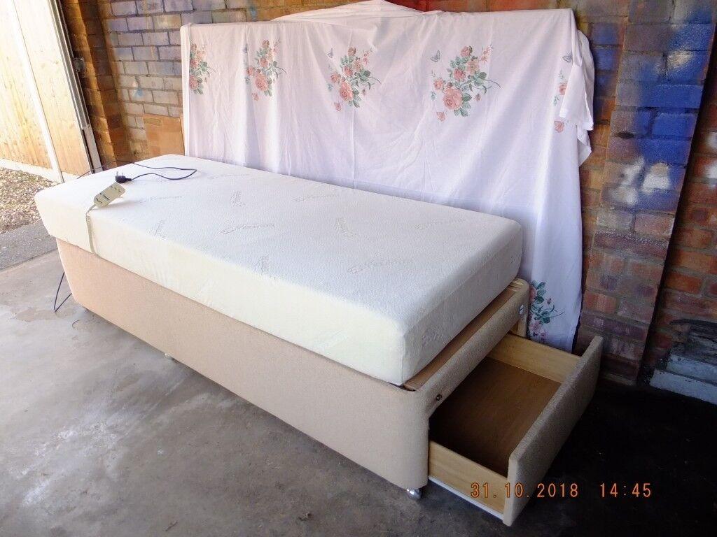 Sensational Tempur Single Electric Adjustable Bed With Tempur Mattress In Norwich Norfolk Gumtree Lamtechconsult Wood Chair Design Ideas Lamtechconsultcom