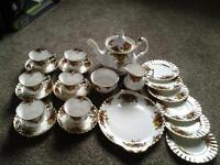 old country roses royal albert tea service new reduced price used by thora hird