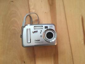 Kodak digital camera and printer dock
