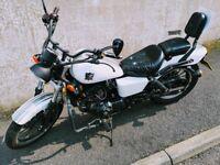 WK 125 Cruiser - 4600 miles - 125cc