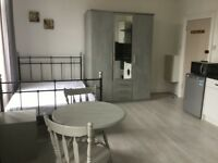 To rent Large Studio in Hammersmith